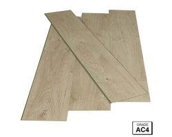 Aqua Zero Western Oak Laminate Flooring 8mm