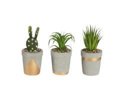 Trio de plantes artificielles